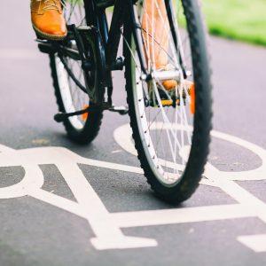 people-cycling-bike-commuting.jpg